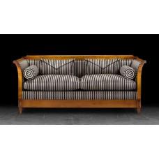 Диван  Artistic Upholstery Verona Sofa